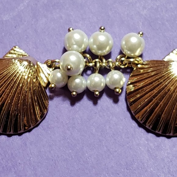 Shell and faux pearl sea-themed bracelet